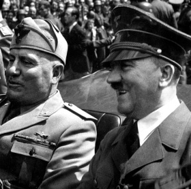Hitler_and_Mussolini_June_1940 2